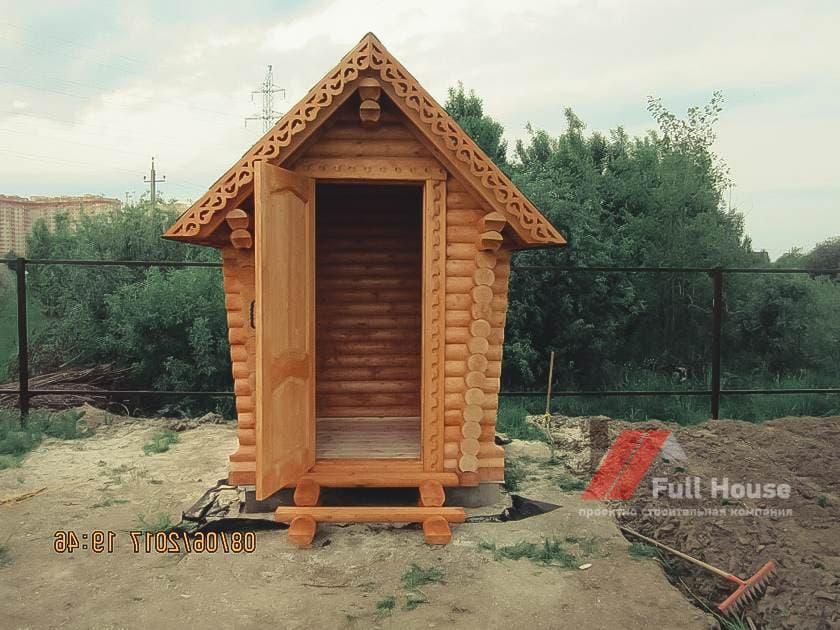 Дачный туалет из бревна 1,5*1,5 м