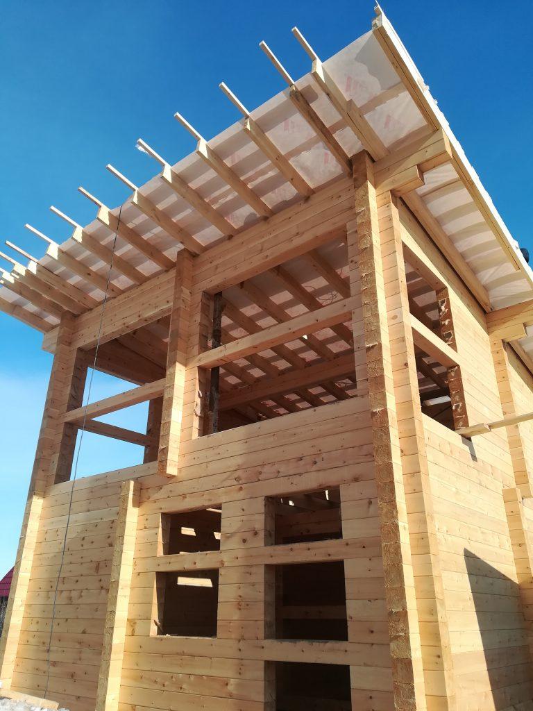 Сборка домокомплектов из бруса. Профессиональные плотники. +7 (383) 299-90-77.